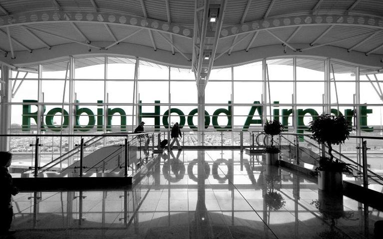 fire-sprinklers-robin-hood-airport